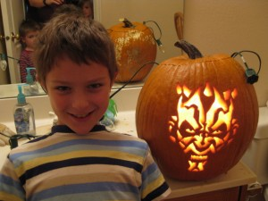 darth pumpkin 300x225 Part 2: Our Vacation is a School Trip   Art Classes
