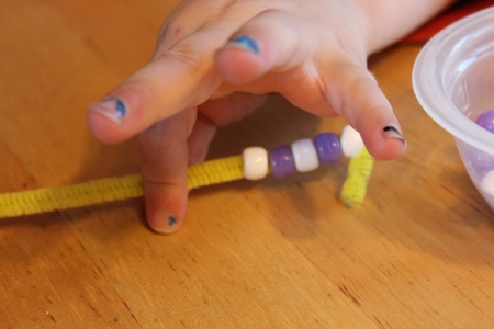 bead patterns homeschoolbytes Patterns and Beads: Preschool Fun